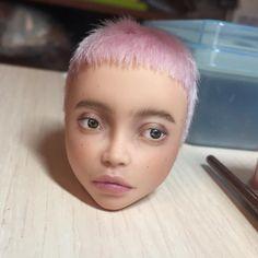 Olga Kamenetskaya aka oli.krolik Эта девочка тоже будет на выставке в Киеве 20-22 октября. Если там не найдет хозяина, то будет доступна к покупке на Ebay или Etsy #monsterhigh #monsterhighooak #ooakdoll #customdoll #bloodgood #ooak #custom #repaint #doll #faceup #olgakamenetskaya #artdoll #кукла #ооак