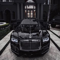 How about Black Marble for your new Rolls-Royce Wraith? Rolls Royce Phantom, Rolls Royce Wraith, Millionaire Lifestyle, Luxury Lifestyle, Porsche, Vehicle Signage, Car Hacks, Hot Rides, Latest Cars