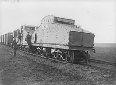 MINISTRY INFORMATION FIRST WORLD WAR OFFICIAL COLLECTION (Q 3348) No caption ( armored train?)