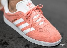 adidas Gazelle (Sunglow / White / Gold Metallic)