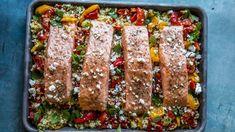 """- Lakseform med Bulgur, Paprika og Tomat - Ovenbaked Salmon with """"Herby"""" Bulgur, Paprika and Tomato Norwegian Food, Tzatziki, Wok, Meatloaf, Food To Make, Meal Planning, Pesto, Nom Nom, Salmon"""