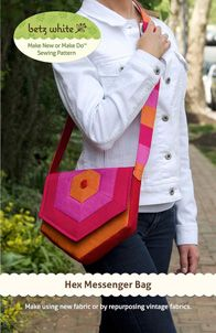 digital hex messenger bag sewing pattern | Shop | Oliver + S