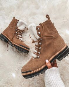 Women's Shoes, Fall Shoes, Me Too Shoes, Nike Shoes, Cute Shoes Boots, Cute Ankle Boots, Sneakers Nike, Shoes Style, Style Grunge