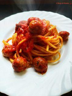 Spaghetti al sugo con le polpettine - Il Blog di Picetto Spaghetti, Italian Recipes, Italian Foods, Genere, Favorite Recipes, Pasta, Ethnic Recipes, Blog, Carne
