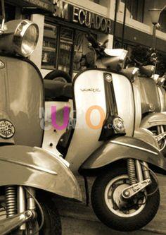 Cuadro de moto para decorar de Muchocuadro.com vespa 28b6753a1ec25