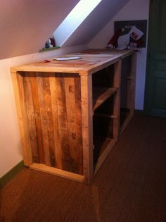 Meuble d'appoint sous comble / Under the roof drawer #Drawer, #RecycledPallet