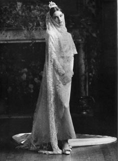 Loulou De La Falaise on her wedding day. She married Thadée Klossowski de Rola, a French writer, who is the younger son of the painter Balthus. They married in Paris, France, on 11 June 1977; the bride wore a harem-and-turban ensemble from Yves Saint Laurent Rive Gauche. They had one child, a daughter, Anna.