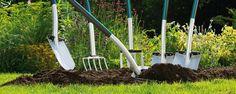 Hens - tuin en hobbycenter - Maak van je tuin een totaalbeleving met de producten uit onz White Gardens, Hens, Garden Tools, Green, Vegetable Garden, Yard Tools