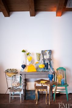 Loving the out-of-the-box lifts and levels in this Found Vintage Rentals treats table