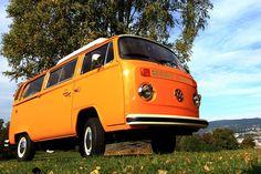 VW Westfalia Camper (1975) med base i Oslo. Står i unik klassisk stand med automatgir og originalt Berlin interiør.