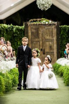 Dama - Pajem- Casamento - Wedding - Daminha - Dama de Honra - Roupa para Dama de Honra - Daminha com Rosas - Roupa de Daminha - Roupa de Pajem- Inesquecível Casamento