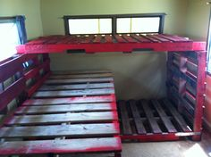 Pallet triple bunk bed( painted all pink with white trim?) and a little more girly!!