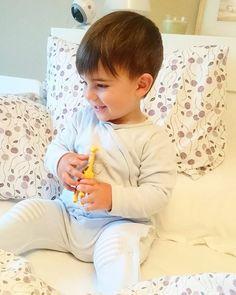 With our baby monitor you can relax seeing what your baby does each time // Con nuestros vigilabebés puedes estar más tranquilo viendo lo que hace tu pequeño cada momento, @superlaucastro