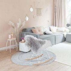 Beautiful Romantic Living Room Design And Decor Ideas - Living-room is the most significant and most open room at home, it invites visitors, it mirrors our lifestyle, so it ought to be only kept up. You sho. Pastel Living Room, Romantic Living Room, Boho Living Room, Beautiful Living Rooms, Living Room Colors, Living Room Designs, Living Room Decor, Casa Color Pastel, Salle Pastelle