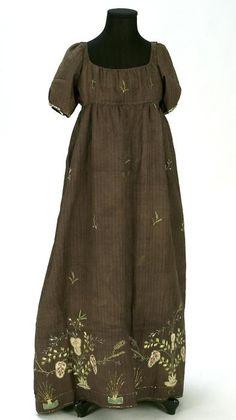 Dress ca. 1810 From the Centre de Documentació i Museu Tèxtil de Terrassa