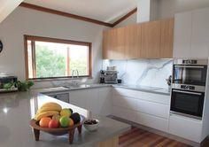 CLOUDY BAY BENCHTOP & STATUARIO SIX+ SPLASHBACK - Krauss Kitchens