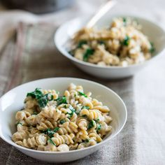 healthy stove-top macaroni and cheese with kale