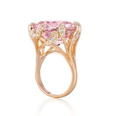 Vines of rose gold and diamonds gracefully clasp the gemstone in the exquisite After Dark Morganite Jeanne ring to inspire the fashionably fearless. I Love Jewelry, Jewelry Design, Jewelry Making, Antique Jewelry, Vintage Jewelry, Vintage Engagement Rings, Beautiful Rings, Fashion Rings, Jewelry Collection