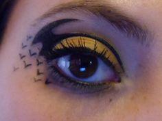 Batman Eye Make-up! ggaaahhh!!!