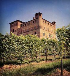 Castello di Grinzane Cavour, Cuneo, Piemonte