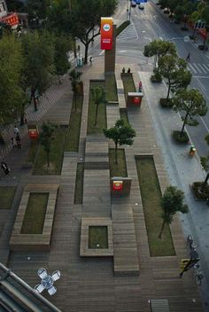 Kic Park, Shanghai Great appeal to layering, jumping from the man made world to the natural world, through wood and grass.
