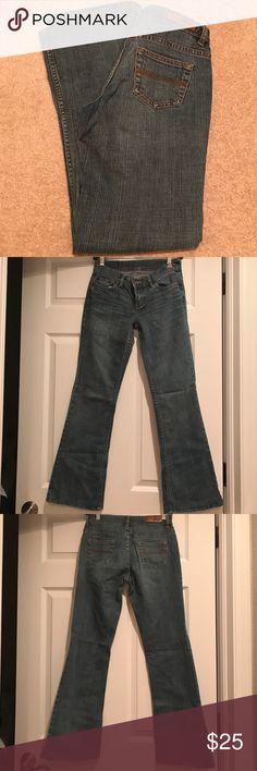 EXPRESS DENIM LABORATORY JEAN EXPRESS DENIM LABORATORY JEAN❣️EXCELLENT CONDITION❣️SIZE 0 LENGTH 30inch inseam❣️FLARE LEG❣️ Express Jeans Boot Cut