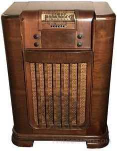 Vintage Tv, Vintage Stuff, Dark Trim, Electronic Appliances, Retro Radios, Samsung Galaxy Wallpaper, Old Time Radio, Antique Radio, Short Waves