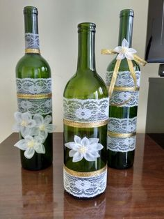 Custom hand painted/designed decorative wine bottle for centerpieces in home decor, vases, or to an extra touch of color in the room Glass Bottle Crafts, Diy Bottle, Bottle Art, Jar Crafts, Diy And Crafts, Wine Craft, Bottles And Jars, Glass Bottles, Wine Decor