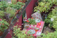 66 square feet outdoor dining in Brooklyn via Gardenista