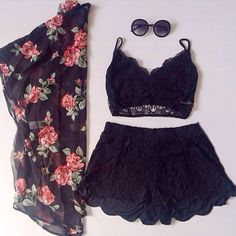 black lace short. sexy but fashion
