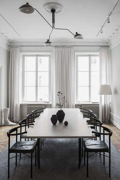 Mit Rüschen, aus Seide oder mitten in der Wohnung: Kreative Vorhänge können Ihr Zuhause verwandeln.
