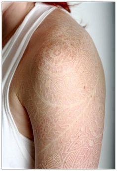 Things to know about white ink tattoos (http://www.tattooeasily.com)