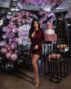 party Blush and Burgundy Balloons Golden Birthday Parties, 21st Birthday Cakes, 18th Birthday Party, Birthday Party Themes, 21st Bday Ideas, Birthday Balloon Decorations, 25th Birthday Ideas For Her, Birthday Goals, Birthday Photography