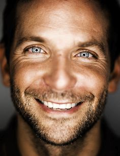 Can I just have him??? Seriously Bradley Cooper is one of the most attractive men I have EVER laid eyes on. EVER. PERIOD. And he's got a beautiful smile! :D