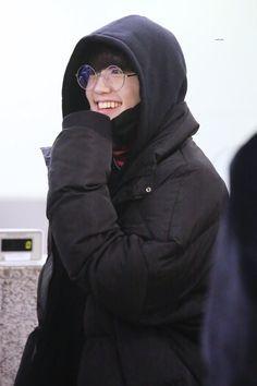 —-bananamurlk ♡ Im Going Crazy, K Idol, Treasure Boxes, Asian Boys, Ikon, Short Film, Raincoat, Actors, Guys
