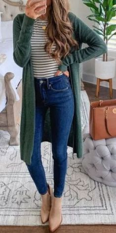 In this article you will check out the most elegant and trendy Cute Fall Outfits. These are really cool tips for you to have a lot of style in the cold season. Check out Cute fall outfits images Comfy Fall Outfits, Fall Outfits 2018, Fall Winter Outfits, Autumn Winter Fashion, Casual Outfits, Winter Clothes, Cute Fall Clothes, Winter Style, Stylish Mom Outfits