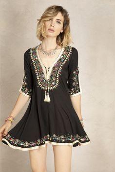 Vestido Zhara Abaya Fashion, Boho Fashion, Fashion Outfits, Womens Fashion, Hippie Bohemian, Hippie Style, My Style, Boho Inspiration, Mini Vestidos
