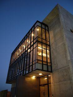 Edificio Corporativo SERINFO,© + arquitectos