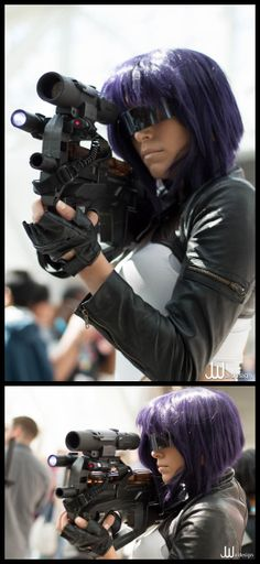 Character: Motoko Kusanagi / From: Kodansha & Production I.G's 'Ghost in the Shell' Manga & Anime Series / Cosplayer: Miss Sinister Cosplay / Event: Dragon*Con
