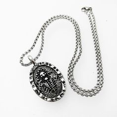 Stainless Steel Necklace skull Pendant Goth Lady Skull Necklace, Men Necklace, Washer Necklace, Skull Pendant, Pendant Jewelry, Pendant Necklace, Stainless Steel Necklace, 316l Stainless Steel, Vintage Gothic