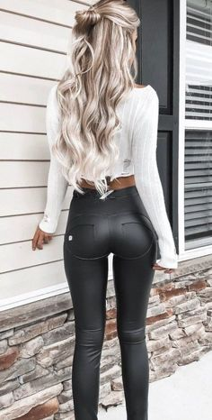 Sexy women winter outfits ideas to makes you stand out 45
