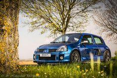 Clio V6 Ph2 bleu iliade