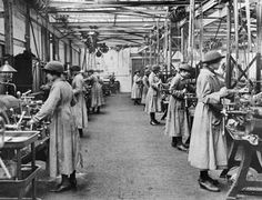 THE WOMEN'S ROYAL AIR FORCE 1914 - 1918WRAF mechanics at work in a large machine workshop