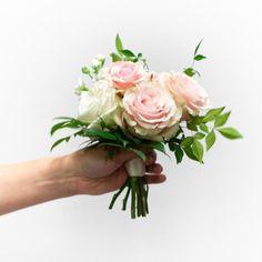 Simple Bridesmaid Bouquets, Small Wedding Bouquets, Wedding Reception Flowers, Blush Wedding Flowers, Prom Flowers, Small Weddings, Small Bouquet, Wedding Flower Arrangements, Flower Bouquet Wedding
