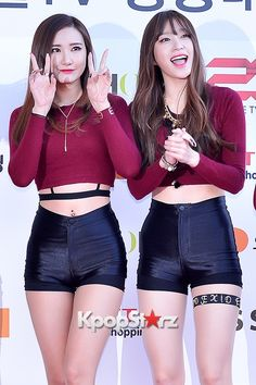 LE and Hani - EXID at Cable TV Broadcast Awards Red Carpet - March 13, 2015