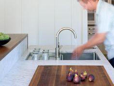 Flush mounted chopping board