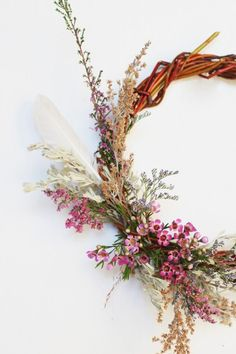 DIY handwoven willow wreath using willows and dried flowers. This DIY is a great way to get outdoors and create something special to bring inside. Homemade Christmas Decorations, Christmas Diy, Christmas 2019, Christmas Wreaths, Willow Wreath, How To Make Wreaths, Merry And Bright, Dried Flowers, Pink Flowers