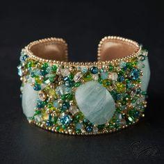 Bracelet with  aquamarine . #awuamarine#chrysolite#Accessories#braceletwithstones#handmadejewerly