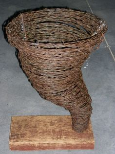 How to Make Wire Sculptures | Friday, July 8, 2011