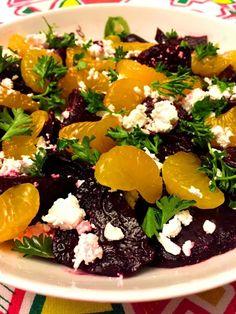 Feta Cheese Recipes, Beet Salad Recipes, Cheese Salad, Beet Salad With Feta, Roasted Beet Salad, Fresh Beets, Orange Recipes, Soup And Sandwich, Salad Bar